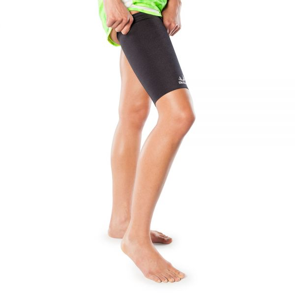 Thigh compression sleeve for sports