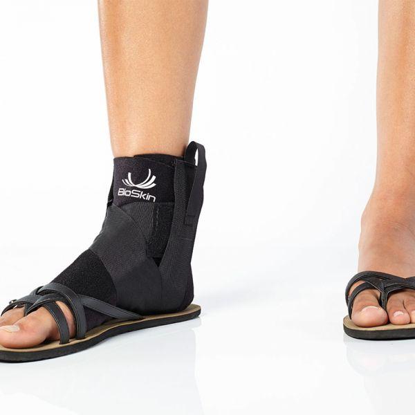 Wraparound ankle brace